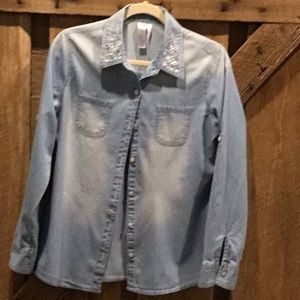 Denim shirt for young girl size Y18
